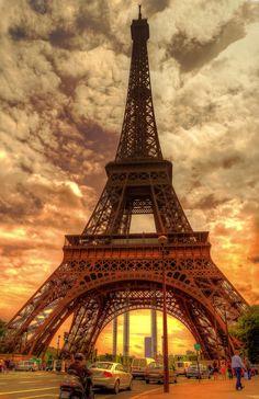 500px / eiffel - Paris - France - by Mohammed Abdo