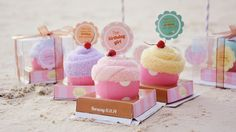 Pastel Birthday at the Beach by Pampanga style blogger, Earle Hatsumy Enriquez. DIY Cute birthday cupcake towels at the beach. http://earlehatsumy.com/post/102676676594/boracay-2014-a-pastel-beach-birthday