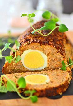 Pieczeń rzymska z jajkami zwana klopsem - MniamMniam.pl Coleslaw, Meatloaf, Eggs, Dinner, Breakfast, Food, Meal, Polish, Meat