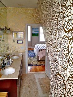 Petal Pusher (Gold) in a bathroom