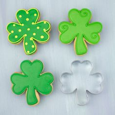 Get inspired for your next baking project by viewing a variety of decorated cookies made from Ann Clark Cookie Cutters. Irish Cookies, St Patrick's Day Cookies, Crazy Cookies, Fancy Cookies, Cut Out Cookies, Iced Cookies, Cute Cookies, Easter Cookies, Cookies Et Biscuits