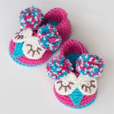 Owl you need is love! Link to free pattern in bio. #owl #crochet #booties