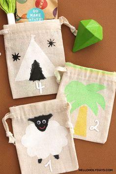 DIY Eid al Adha Countdown Calendar with Hello Holy Days! & Kid Made Modern Eid Al Adha, Christmas Stockings, Christmas Ornaments, Countdown Calendar, Gold Spray Paint, Fabric Bags, Diy Home Crafts, Makati, Craft Tutorials