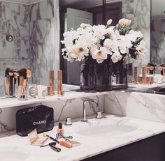 """Here you'll be able to inspire yourself about using Marble Bathroom Designs on your projects. Black rose gold and marble bathroom. Decoration Inspiration, Bathroom Inspiration, Bathroom Inspo, Bathroom Ideas, Decor Ideas, Bathroom Designs, Bathroom Sink Decor, Bathroom Shop, Ikea Bathroom"