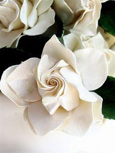 Gumpaste flowers - Maggie Austin Cake