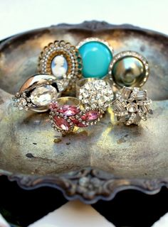 Vintage RIngs.. they just don't make stuff like this anymore!