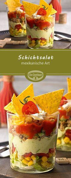 Schichtsalat Mexikanische Art – Bunter Salat geschichtet mit Guacamole, Salsa, … Layered Salad Mexican Style – Colorful salad layered with guacamole, salsa, minced meat and nachos Authentic Mexican Recipes, Authentic Salsa Recipe, Mexican Salsa Verde, Mexican Salsa Recipes, Nachos, Avocado Dessert, Nacho Salat, Verde Recipe, Avocado Toast