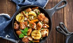 Χοιρινό στο τηγάνι με σκόρδο και λαχανικά