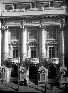 Casa Ventura Terra. Um tesouro da Arte Nova em Lisboa que ninguém quer deixar morrer