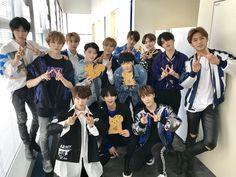 Inserido Woozi, Jeonghan, Seventeen Jun, Won Woo, Seventeen Wallpapers, Pledis 17, Korean Bands, Kpop, Pledis Entertainment