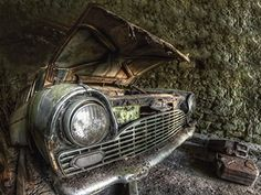 Carina Buchspies Lost Place - der Lack ist ab  #abandoned #lostplace #rostlaube