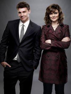 Bones une série TV de Hart Hanson avec Emily Deschanel, David Boreanaz. Retrouvez toutes les news, les vidéos, les photos ainsi que tous les détails sur les saisons et les épisodes de la série Bones