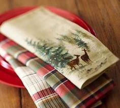 "Gift Idea: Deer in Snow Dinner Napkin, 20"", Set of 4 #pintowinGifts & @Gifts.com $29"