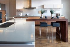 Attaching the dining with island
