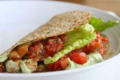 Spicy Chicken Tacos w/ Creamy Chipotle Sauce