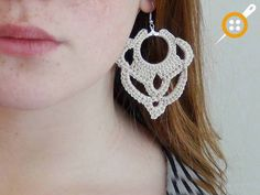 DIY Earrings crochet, free pattern by Diy Earrings Crochet, Crochet Jewelry Patterns, Crochet Diy, Thread Crochet, Crochet Accessories, Irish Crochet, Crochet Stitches, Simple Crochet, Crochet Rope