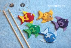 Jogo da pesca em feltro+ímans. Tutorial em: http://www.repeatcrafterme.com/2013/02/diy-fishing-game-with-felt-fish.html DIY Fishing Game with Felt Fish by Repeat Crafter Me