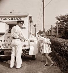 I can remember Ice Cream trucks like this when I was a child