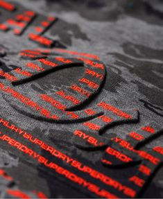 Superdry Vintage Logo Authentic T-Shirt mit Tarnmuster thumbnail 7 Textile Prints, Textiles, Vintage Logo, Fashion Artwork, Hang Ten, Herren T Shirt, Boys T Shirts, Apparel Design, Superdry