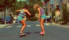 Resultado de imagem para Longboard e as garotas