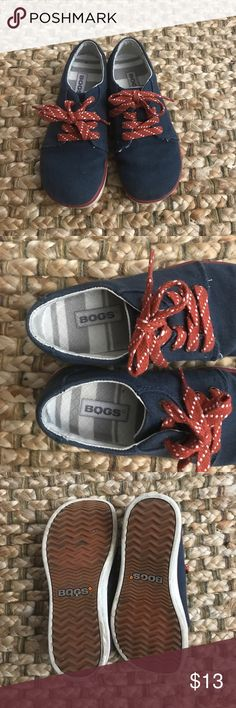 Boys Bog Shoes GUC- only worn a few times. So cute and comfy. Run a little big. Bogs Shoes