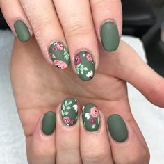 101 cute nail art designs for short nails 2019 page 30 cute nail art - Nail Art Cute Nail Art Designs, Nail Designs Spring, Green Nail Designs, Nail Designs Floral, Floral Design, Trendy Nails, Cute Nails, Olive Nails, Matte Olive Green Nails