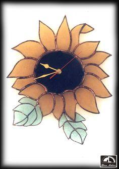 www.polandhandmad... #polandhandmade, #witraz #zawieszka  czas liczony liśćmi..