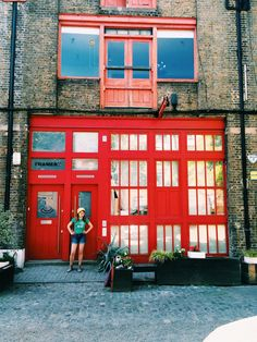 Snapshots of London, East London, Travel in Europe, Colourful London, Live Colorful