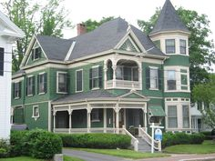 Pictures of Victorian Houses | Queen Anne House Pictures - Queen Anne With Patterned Shingles