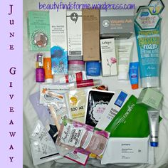 Another Giveaway from Casa Unboxing Beauty! This time it is one prize package, but I am going to do something fun with Instagram too ~ read my bonus section for that.  This giveaway is open to bo…
