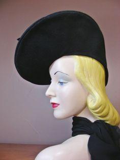 Vintage 40s Black Fur Felt Oversized Tilt Beret Pancake Hat Janet Models MINT