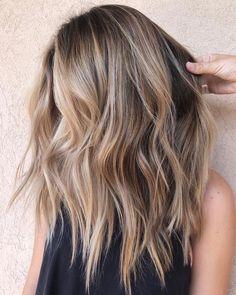 Blonde Hair Looks, Brown Blonde Hair, Brownish Blonde Hair Color, Blonde Wig, Blonde Honey, Honey Hair, Gray Hair, Purple Hair, Hair Color Balayage