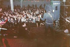 Thanks the website for the picture: Cal & Pooch - Live in Finland [Nightmare in Lepakko 25.04.83 ]picture by Vote Vasko