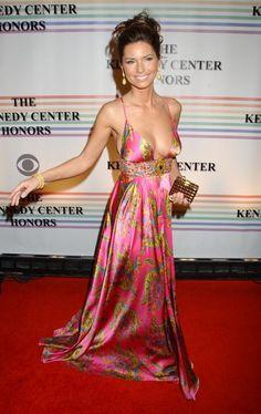 Shania Twain's 11 Best Looks