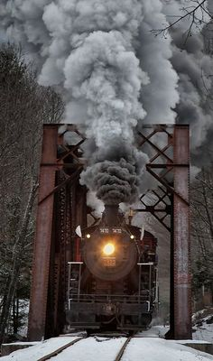 Steam Locomotive in North Conway, New Hampshire, U.S (by Kathleen Clemons on 500px)