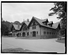 Vanderbilt Mansion (Hyde Park). Exterior view of carriage house, view NE at the former country residence of F. W. Vanderbilt, Dutchess County, NY
