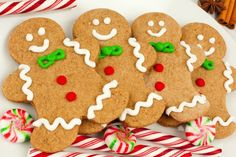 Gingerbread Men Cookies - Super Easy Recipe That Doesn't Require Molasses! Must make this, people rave about these cookies!