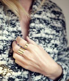 anéis de bronze através sagacidade * + prazer