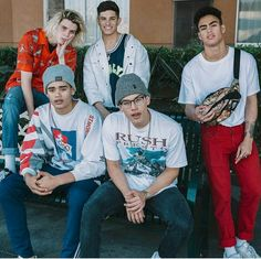 This is PrettyMuch (YouTube, Instagram). They are an all guy group that does covers. Check them out!!✨~
