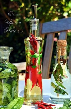 I thread the dried red peppers on a skewer as well but you dont have to use a skewer, you can just drop them into the bottle and add the vinegar; just shake the bottle gently once or twice a week as the vinegar ages to distribute the pepper throughout.