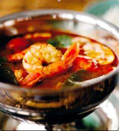Thaimaalainen tom yam -keitto
