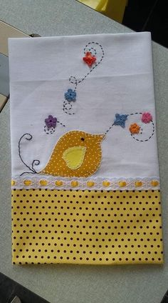 Nice for towel to be used for our sta cena – Artofit Hand Embroidery Patterns, Applique Patterns, Embroidery Applique, Embroidery Designs, Applique Towels, Sewing Crafts, Sewing Projects, Towel Crafts, Pillowcase Pattern