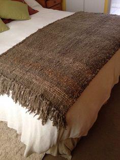 Piecera en telar rectangular lana oveja de mi alumna Cristina Garcés