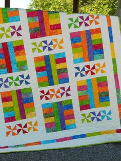 Baby Quilt Pattern - Layer Cake Pattern - Saturday In The Park - Hard Copy Version Quilt Baby, Baby Quilt Patterns, Quilting Patterns, Pinwheel Quilt Pattern, Pdf Patterns, Quilting Ideas, Jellyroll Quilts, Scrappy Quilts, Easy Quilts