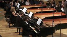 Bach-Vivaldi/Concerto for 4 Pianos/MultiPiano Ensemble - YouTube