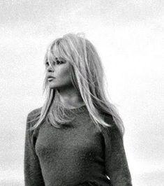 Vintage Hairstyles With Bangs Birgitte Bardot = hair goals Bridgitte Bardot, Victoria Tornegren, Looks Black, Hairstyles With Bangs, Hairstyles Pictures, Hairstyles 2016, Vintage Hairstyles, Girl Hairstyles, Hair Goals