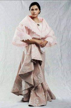 Maria Clara Dress Philippines, Philippines Outfit, Philippines Fashion, Philippines Culture, Modern Filipiniana Gown, Filipiniana Wedding, Filipino Art, Filipino Culture, Filipino Fashion
