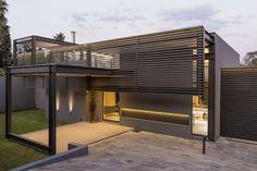 House Sar by Nico van der Meulen Architects (3)