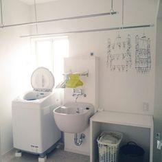 4LDKで、家族の、バス/トイレ/脱衣場/スロップシンク/脱衣カウンター/グレーのシンク/こどもと暮らす。についてのインテリア実例。 「Kinokoさん☆ ...」 (2018-07-05 13:39:02に共有されました)
