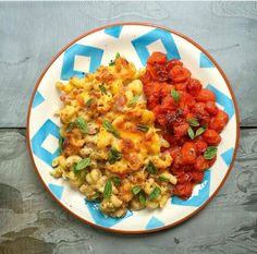 "Healthy Baking Low Calories Slimming World ""Healthy cooking is a time whe… Cheesy Pasta Recipes, Cheesy Pasta Bake, Baby Food Recipes, Healthy Recipes, Ww Recipes, Quick Recipes, Family Recipes, Cooker Recipes, Paleo"